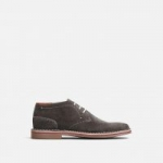 Kenneth Cole: Up to 50% Off: Desert Sun Suede Chukka Boots